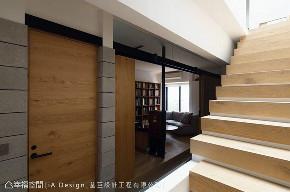 三居 别墅 田园 楼梯图片来自幸福空间在139平The Lim Retreat的分享