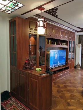 简约 中式 80后 小资 白领 收纳 三居 生活 设计 玄关图片来自生活家-月昂在梅西湖金茂悦90㎡中式风格鉴赏!的分享