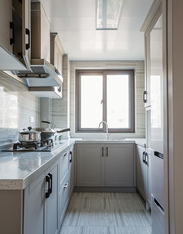 厨房图片来自家装大管家在魅力十足 130平法式时尚贵族生活的分享
