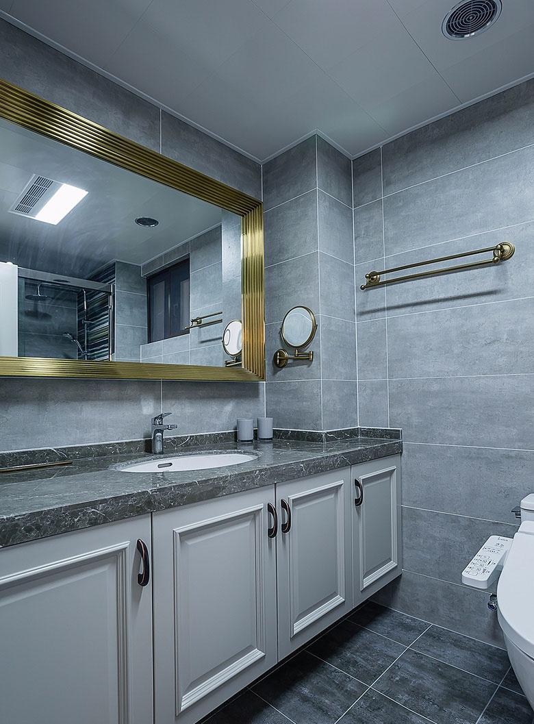 卫生间图片来自家装大管家在魅力十足 130平法式时尚贵族生活的分享