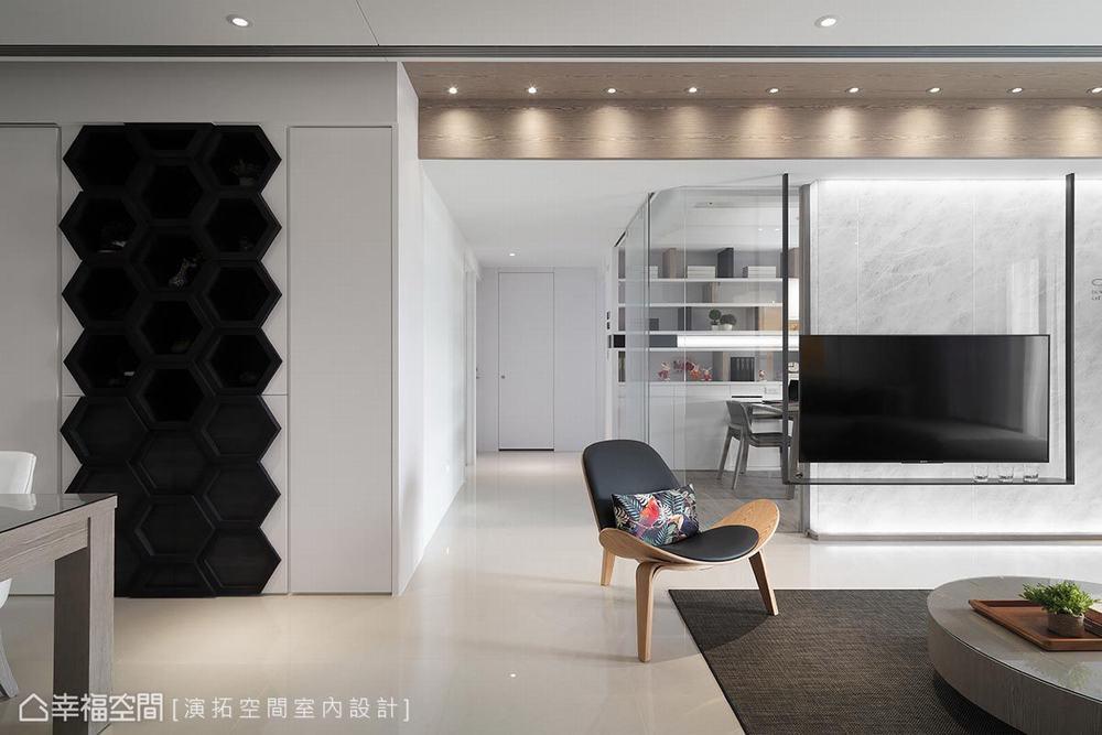 三居 现代 客厅图片来自幸福空间在描绘生活雏形 149平简约日光宅的分享