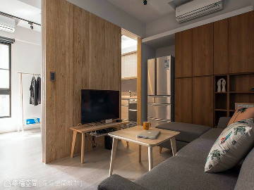 50平老屋翻身 2房1厅木质小宅