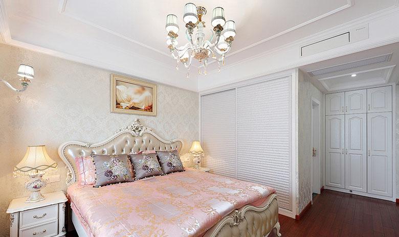 卧室图片来自家装大管家在温馨恬静 127平简约欧式混搭3居的分享