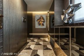 新古典 奢华 三居 玄关图片来自幸福空间在86平|深色低调奢华古典宅的分享