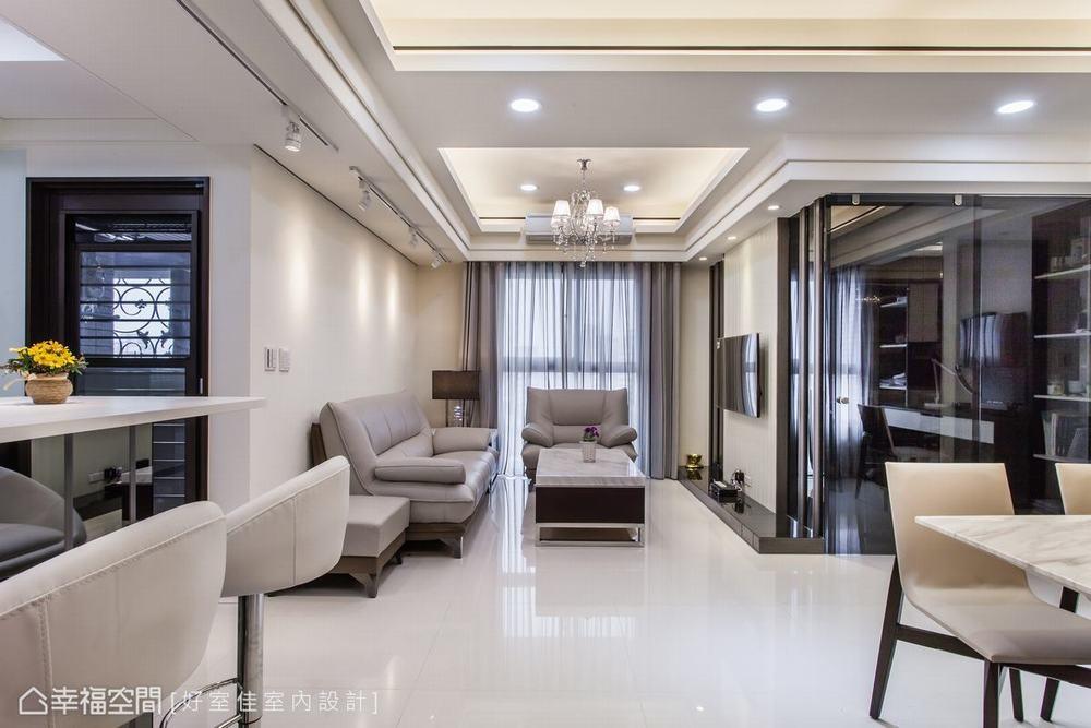 四居 新古典 客厅图片来自幸福空间在晶透光 89平时尚宅的分享