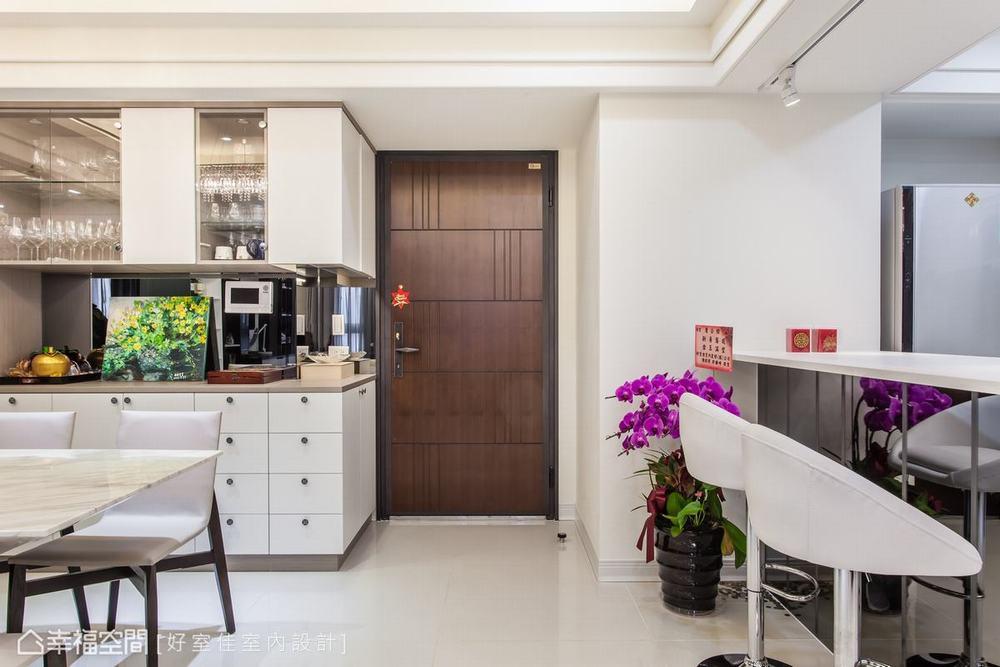 四居 新古典 餐厅图片来自幸福空间在晶透光 89平时尚宅的分享