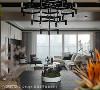 藉由「以窗框景」的手法结合内外悸动,透过简单素材与简练线条,转化为温煦的宜居住宅。