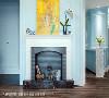 因应女主人对壁炉的的喜爱,新增的玄关墙面处安排入一座美式壁炉,语汇到位再现经典风格。