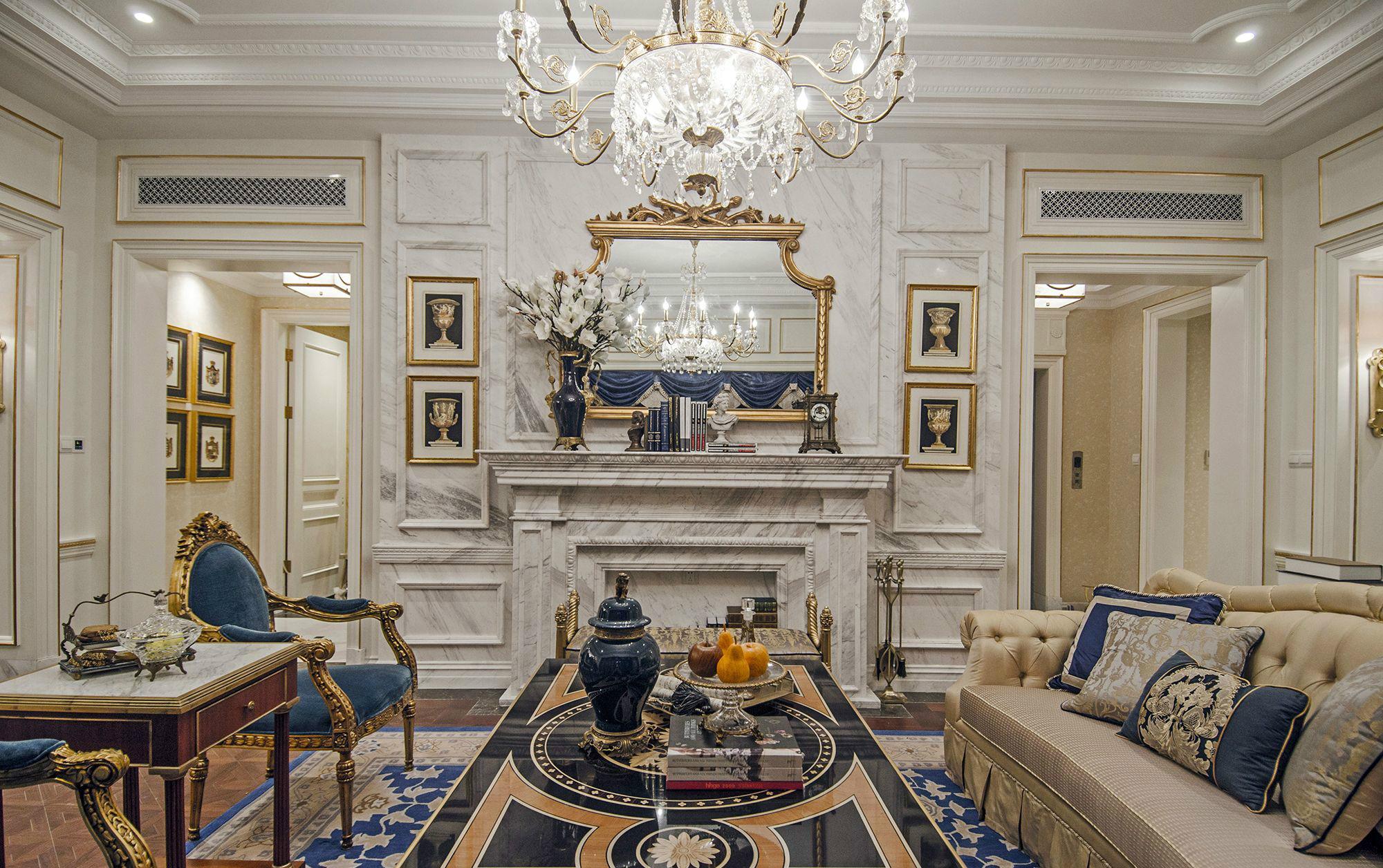 客厅图片来自北京高度国际在大气,高贵--欧式别墅的分享