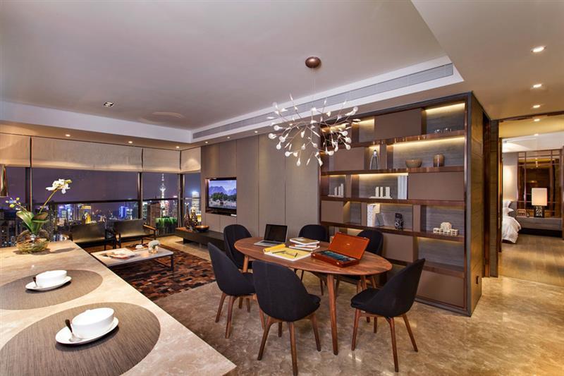 昂世半山观 现代 简约 四室 餐厅图片来自成都二十四城装饰公司在轻奢华跃层现代风格案例的分享