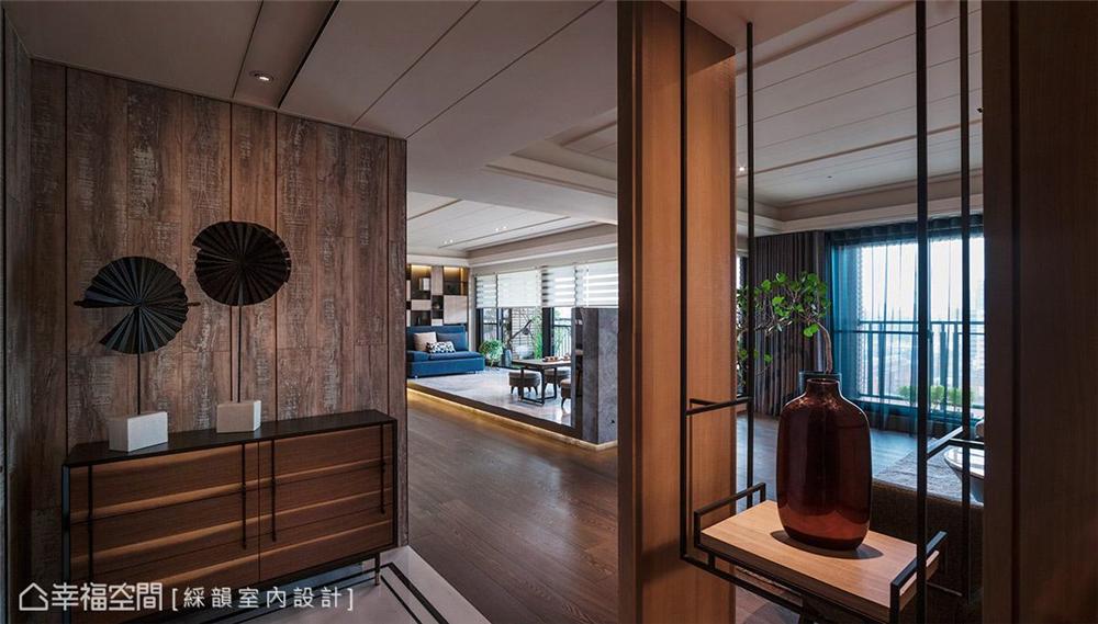 装修风格 装修设计 居家风格 居家设计 公寓 玄关图片来自幸福空间在360平,多元材质运用!的分享