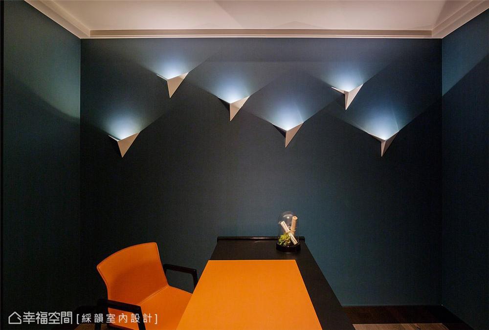 奢华风格 复古风格 幸福空间 居家风格 80后 书房图片来自幸福空间在310平,微奢诗意生活就像艺术的分享