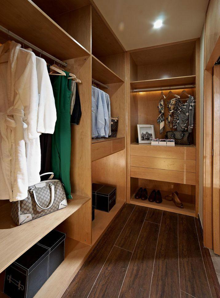 混搭 三居 人居东御佲 衣帽间图片来自成都二十四城装饰公司在休闲舒适混搭主义的分享