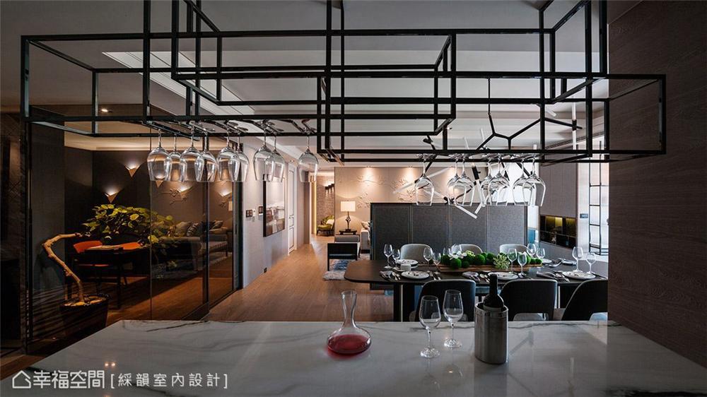 奢华风格 复古风格 幸福空间 居家风格 80后 餐厅图片来自幸福空间在310平,微奢诗意生活就像艺术的分享