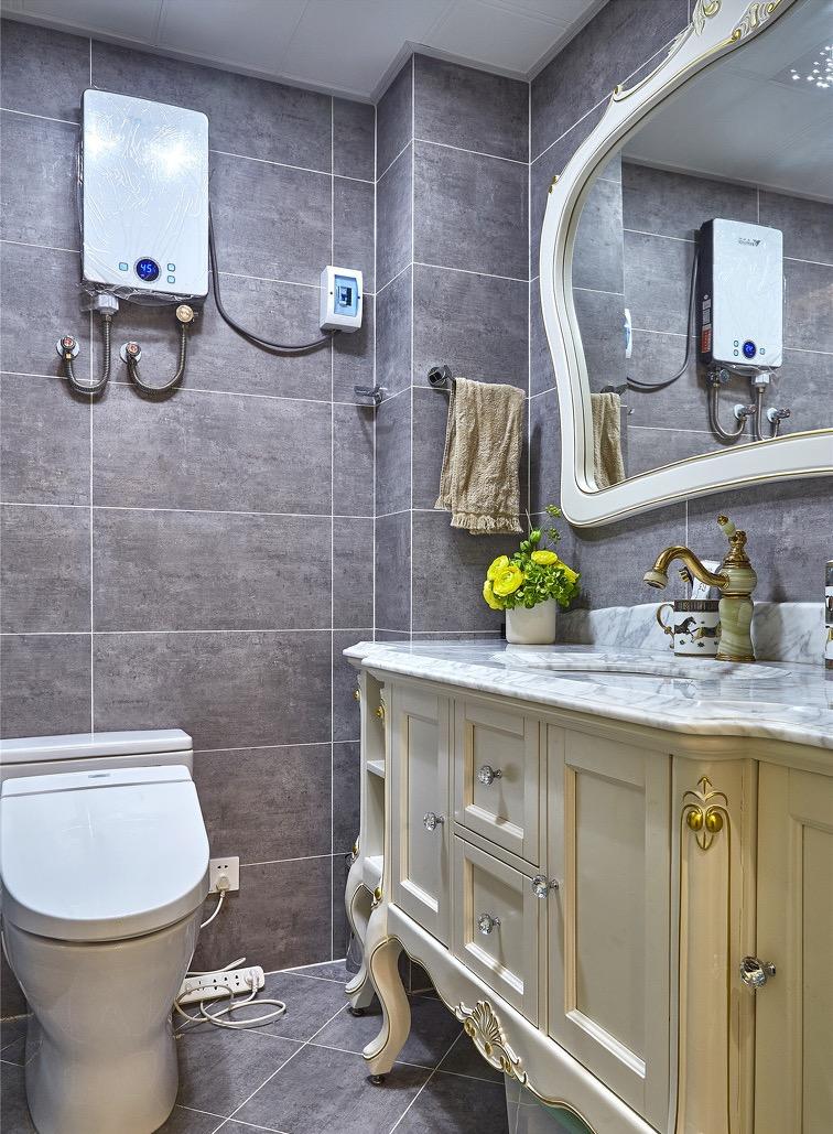 美式 三居 卫生间图片来自言白设计在橙红之光的分享