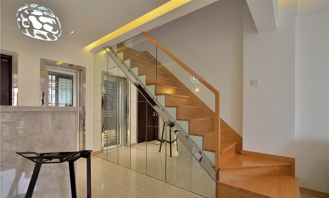 二居 楼梯图片来自言白设计在简约而不简单的分享