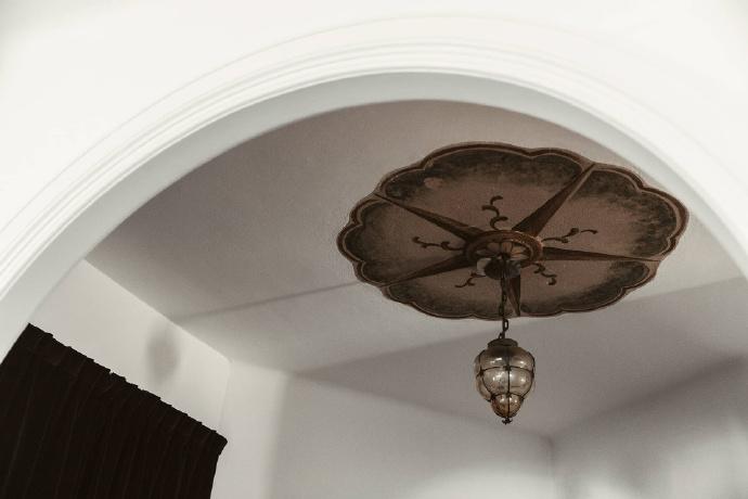 客厅图片来自言白设计在复古北欧的分享