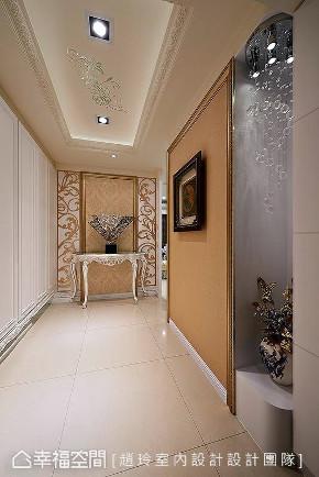 新古典 装修设计 室内设计 设计作品 家居风格 玄关图片来自幸福空间在298平,奢华高雅 新古典风水宅的分享