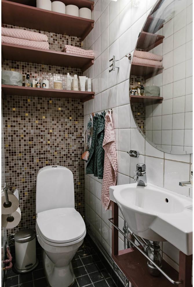 简约 二居 卫生间图片来自言白设计在粉的分享