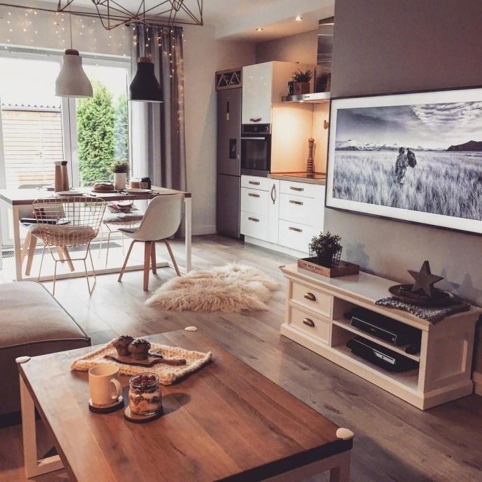 客厅图片来自言白设计在温馨的分享
