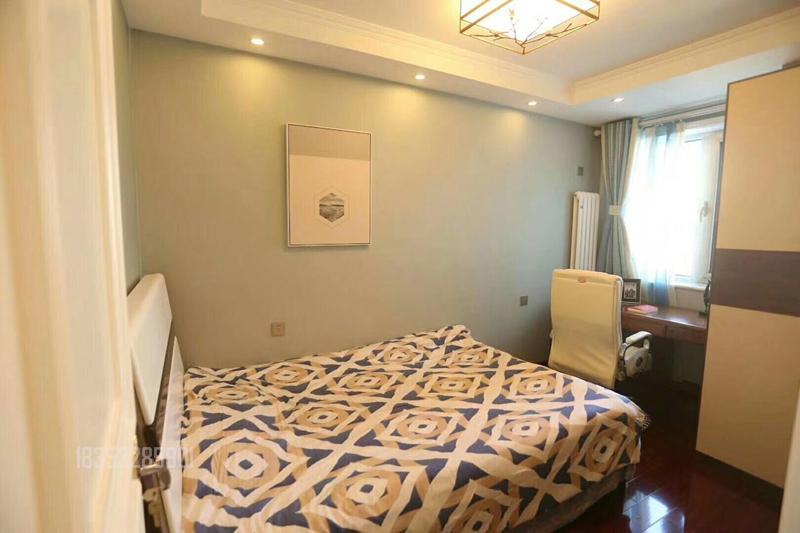 泛海名人 实创装饰 青岛装修 140平装修 卧室图片来自实创装饰集团青岛公司在泛海名人小区140平装修设计的分享