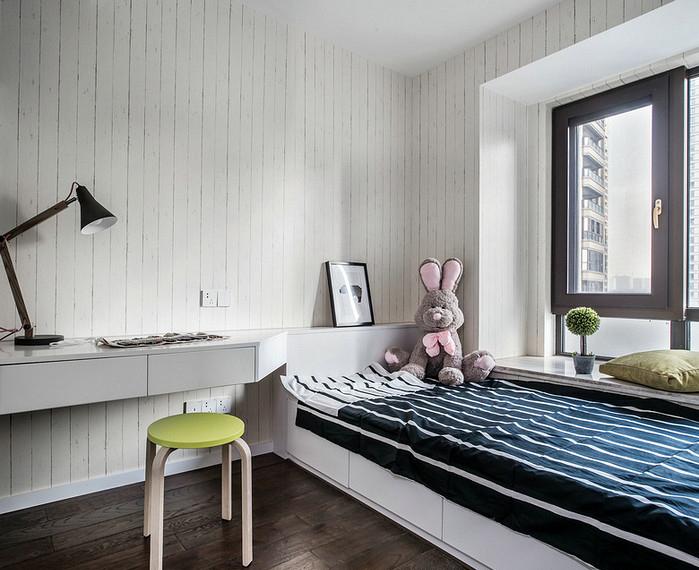 卧室图片来自家装大管家在生活不苟且 106平休闲港式3居室的分享