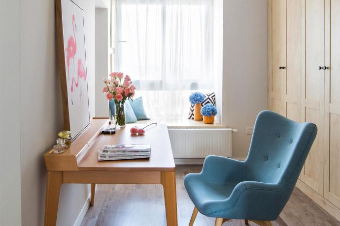 简约 二居 书房图片来自言白设计在简单的家具的分享