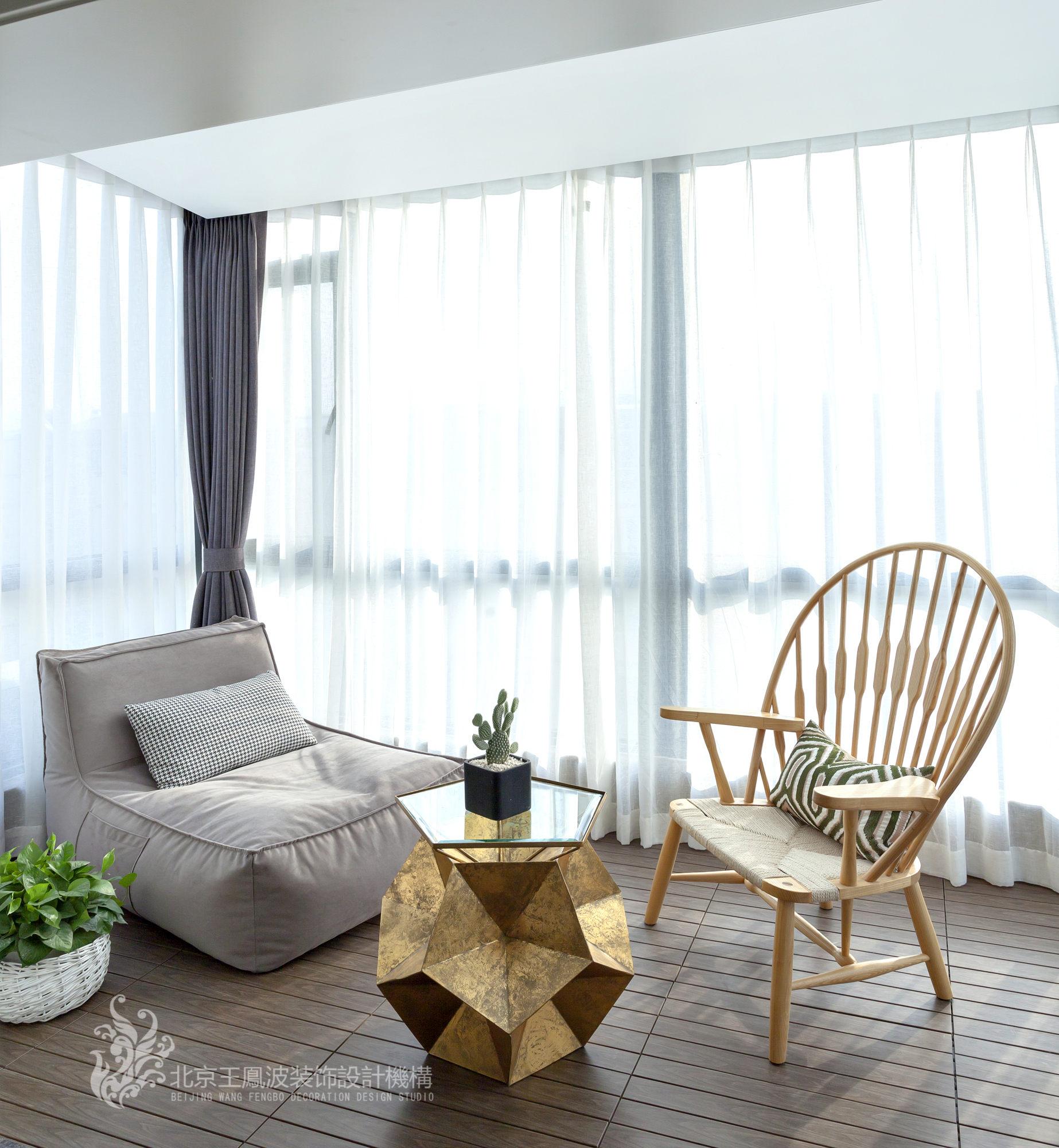 简约 三居 阳台图片来自爱窝窝精致家装机构在素木简约的家的分享