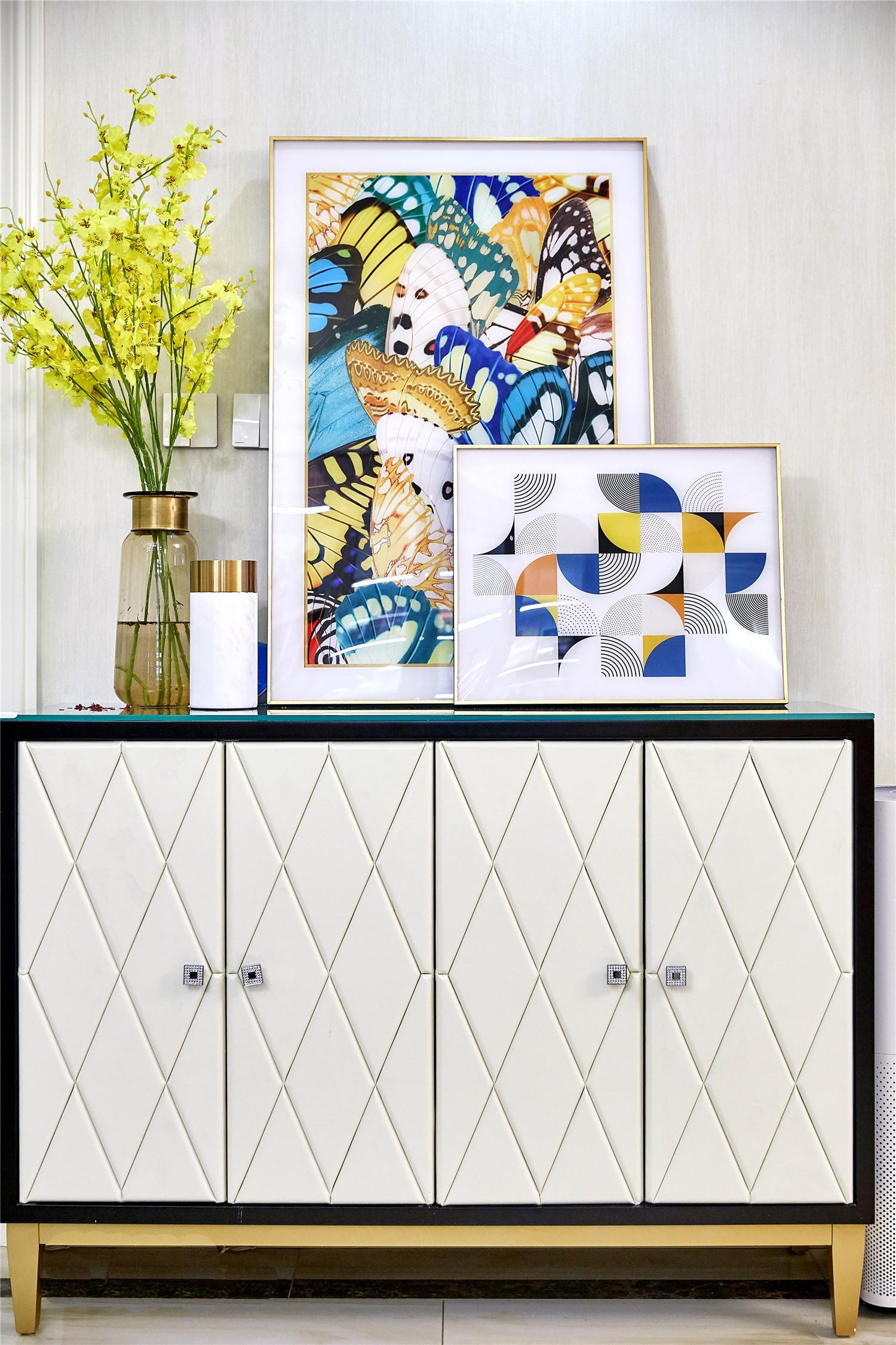 简约 美式 白领 小资 玄关图片来自别墅设计师杨洋在金属优雅美式时尚之家的分享