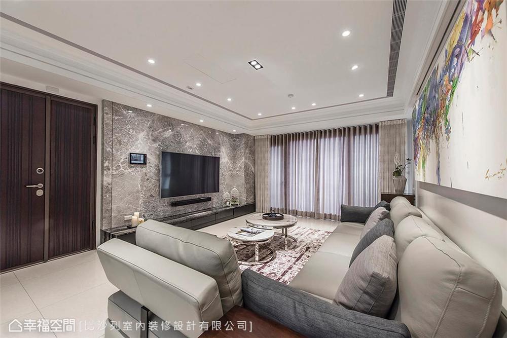 装修风格 装修设计 新古典 时尚居家 客厅图片来自幸福空间在136平,独树一帜 现代古典新美学的分享