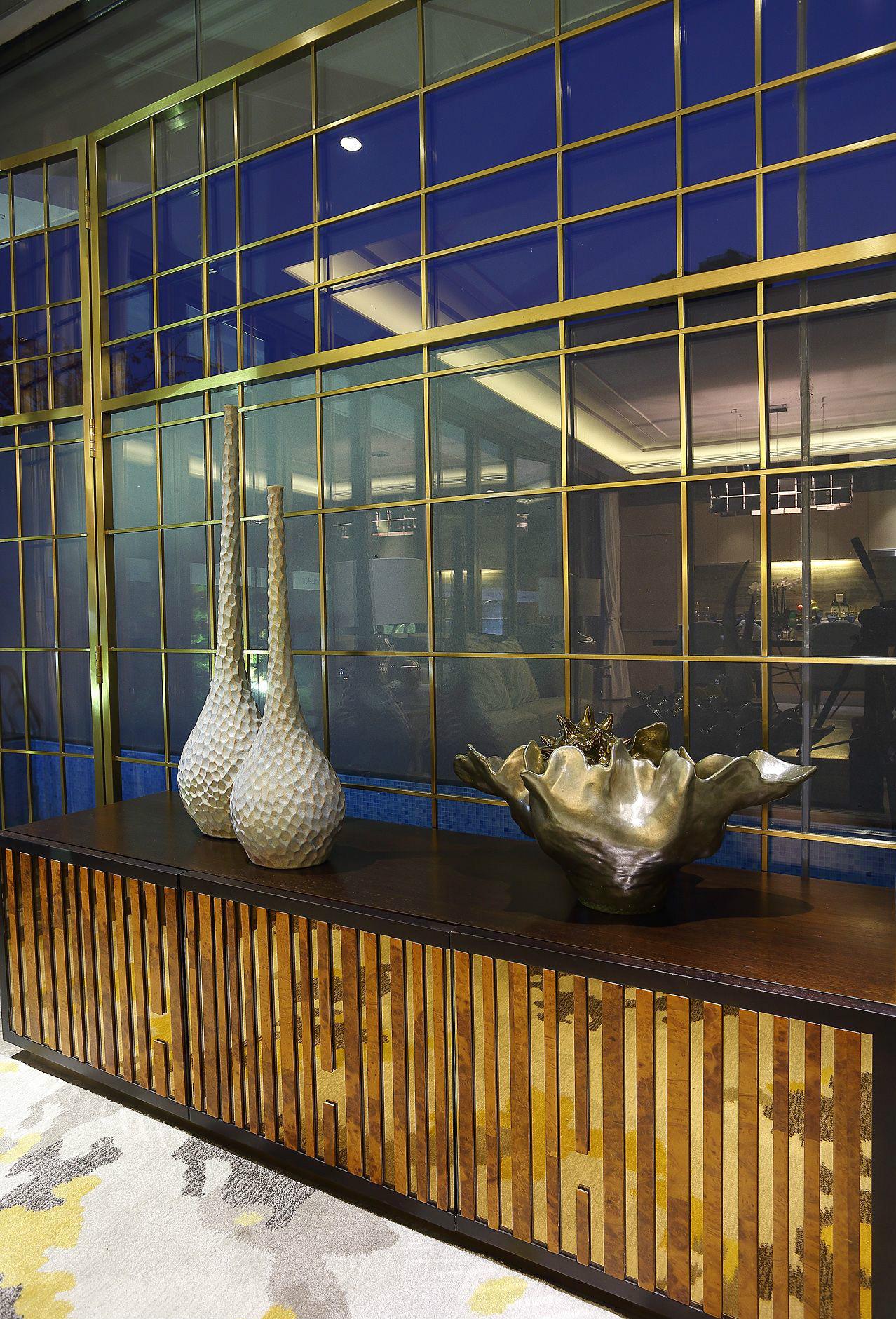 现代 简约 四居 大户型 复式 跃层 80后 小资 白领 客厅图片来自高度国际姚吉智在176平米现代简约生活的质感的分享