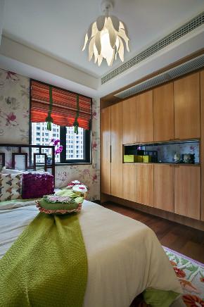 三居 中式 大户型 复式 跃层 别墅 80后 小资 卧室图片来自高度国际姚吉智在追寻心中的光 150平米新中式的分享