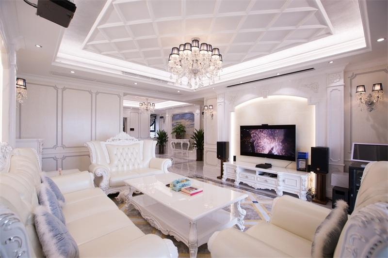 客厅图片来自装家美在阳光揽胜157平米欧式效果图的分享