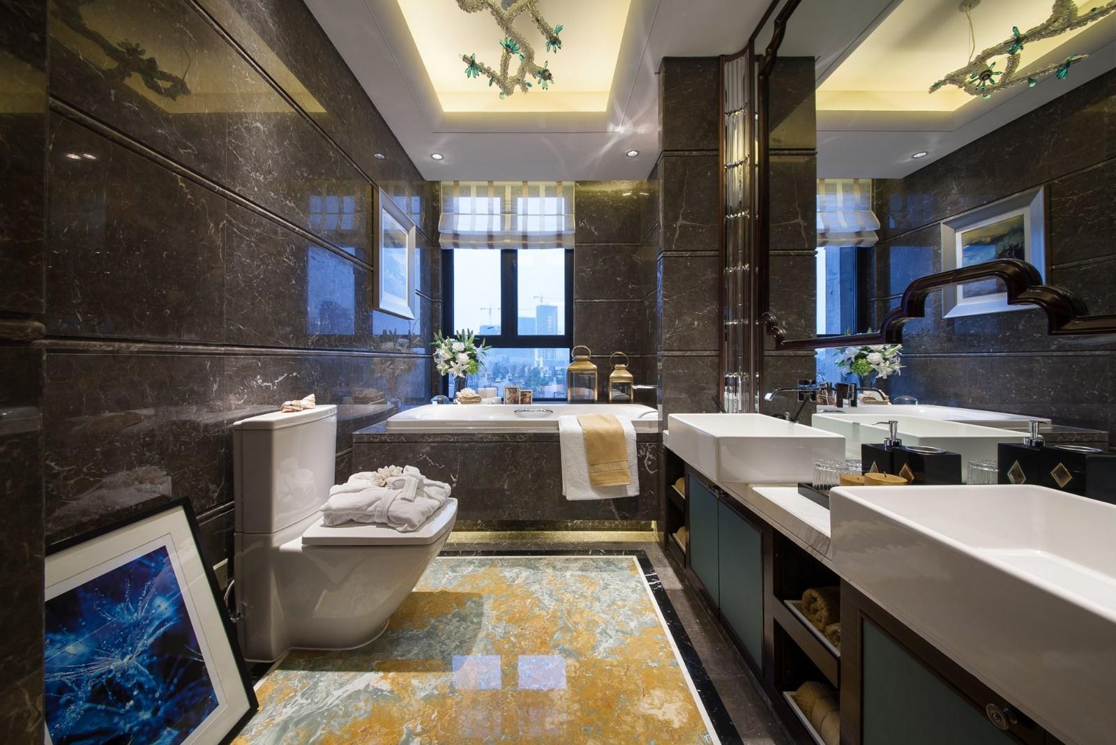 新古典 三居 大户型 复式 跃层 别墅 80后 小资 卫生间图片来自高度国际姚吉智在158平米古典风无法低调的高雅的分享
