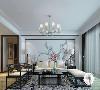 黑色檀木新中式家居配上深色绣花地毯,整个空间沉重不轻浮。