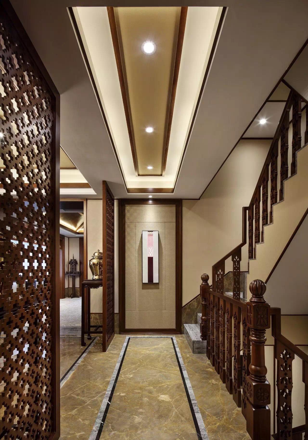 别墅装修 泰式风格 腾龙设计 实景展示, 四季雅苑别 楼梯图片来自孔继民在别墅装修泰式风格完工实景展示的分享