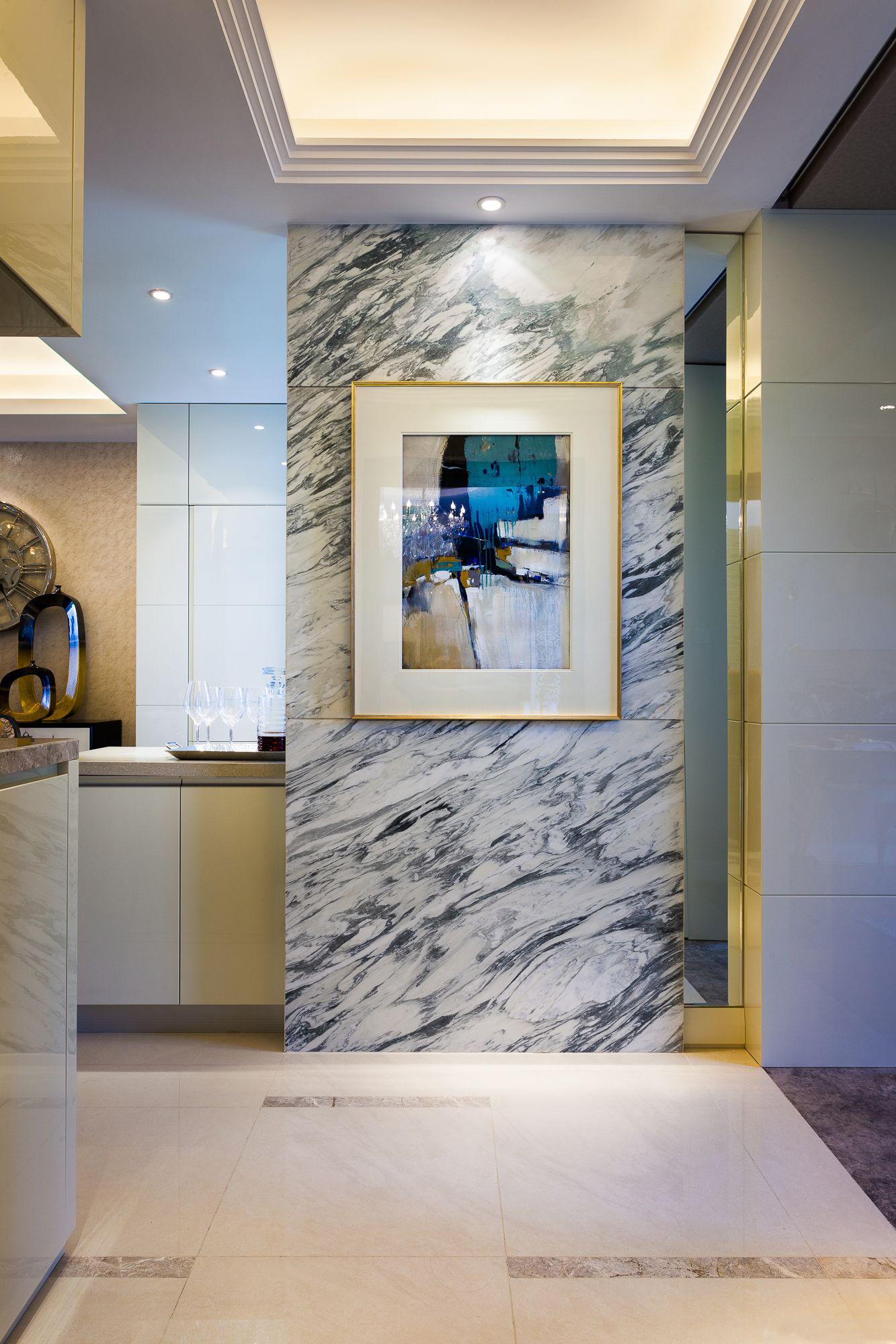 混搭 三居 大户型 复式 跃层 别墅 80后 小资 玄关图片来自高度国际姚吉智在气质满满 160平米混搭风格装修的分享