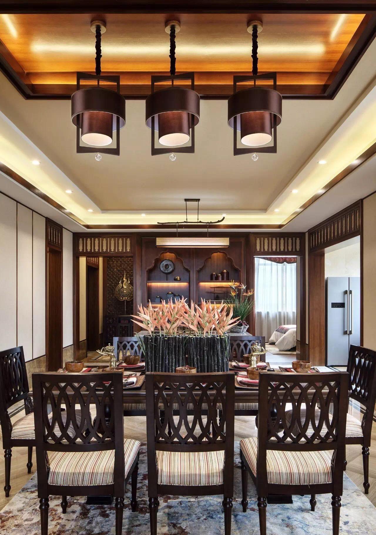 别墅装修 泰式风格 腾龙设计 实景展示, 四季雅苑别 餐厅图片来自孔继民在别墅装修泰式风格完工实景展示的分享