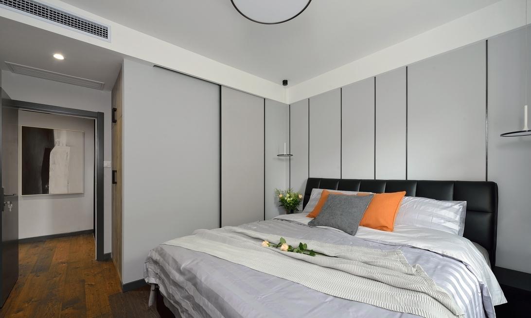 卧室图片来自言白设计在简约风的分享