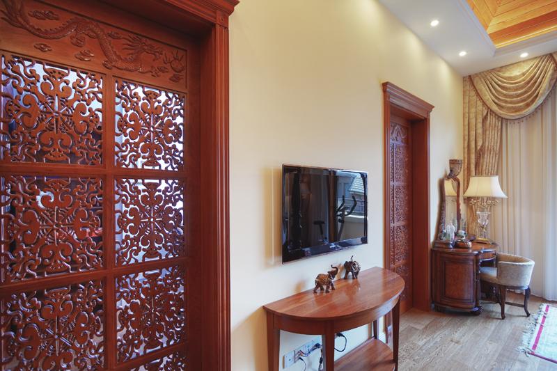 滴水湖馨苑 别墅装修 欧美风格 腾龙设计 客厅图片来自腾龙设计在滴水湖馨苑别墅欧美风格设计的分享