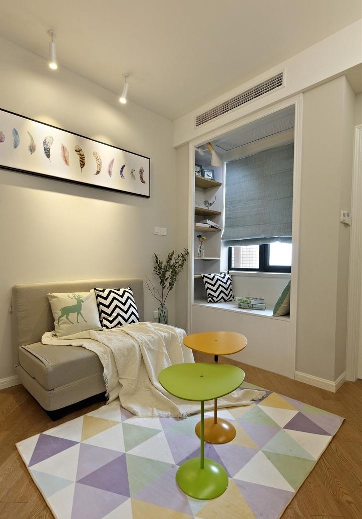 简约 三居 客厅图片来自言白设计在蝶舞北欧的分享
