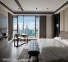 主卧室(二) 以现代感的家具家饰堆砌视觉线条,厚实的深色木地板则为空间挹注温润厚泽的寝卧气息。