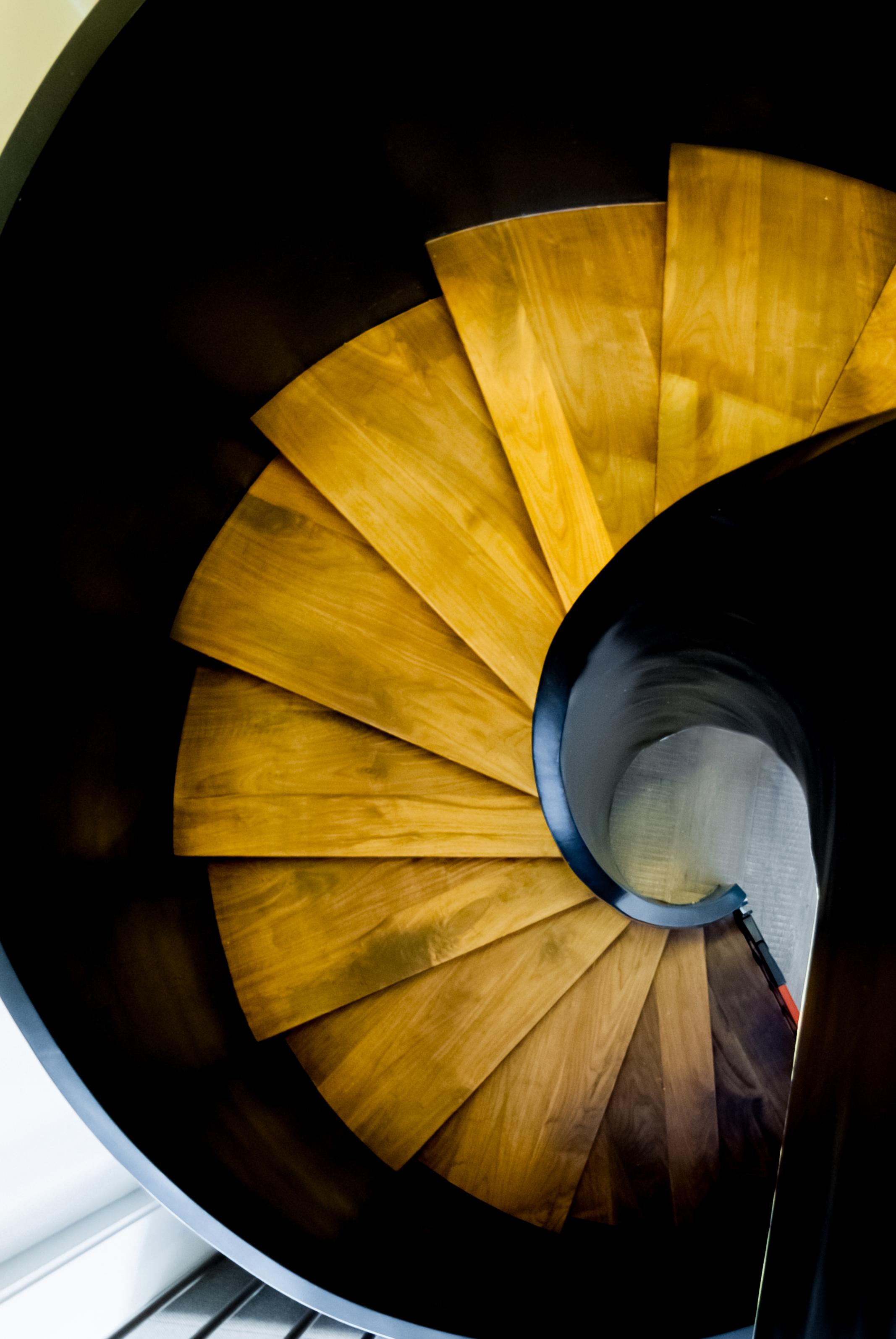 楼梯图片来自郑秀东在恋日家园的分享