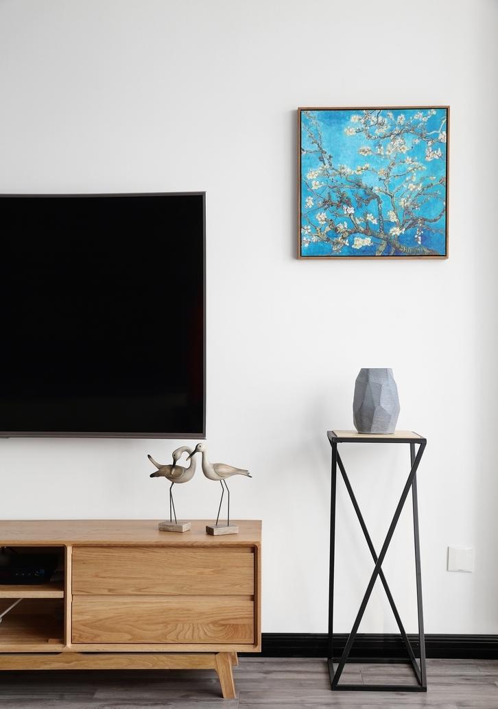 客厅图片来自言白设计在冬·日光的分享