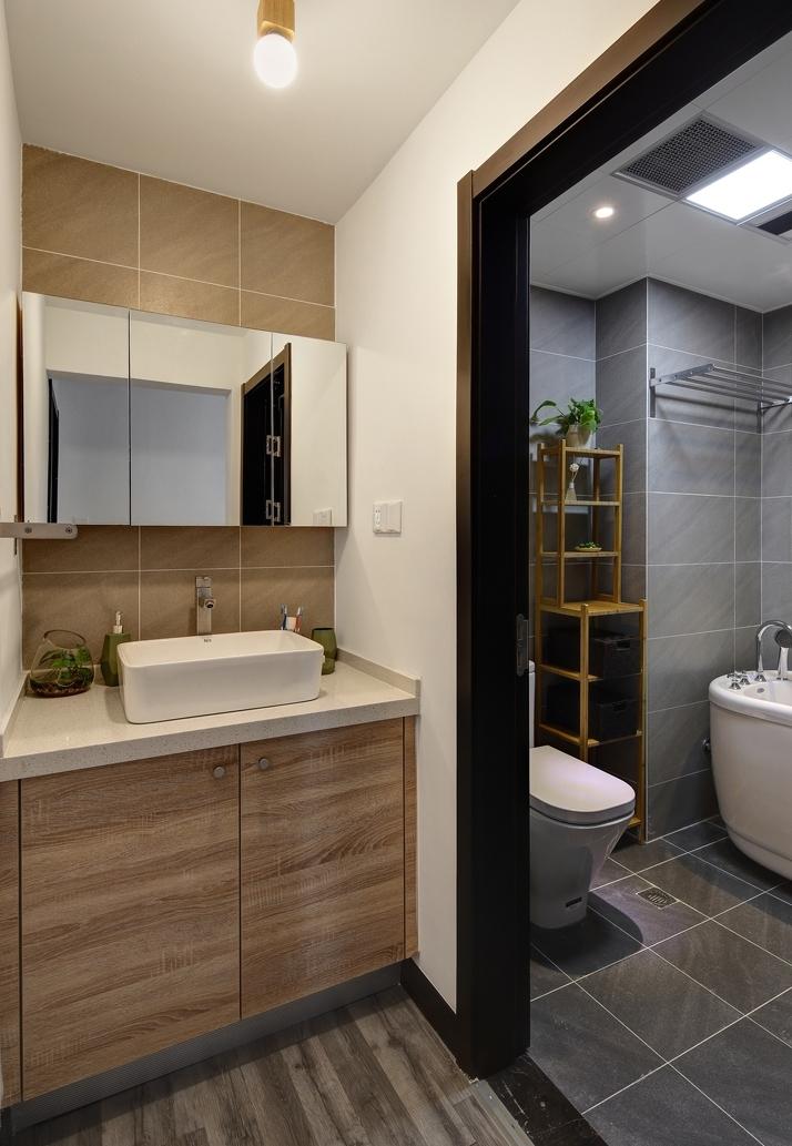 卫生间图片来自言白设计在冬·日光的分享