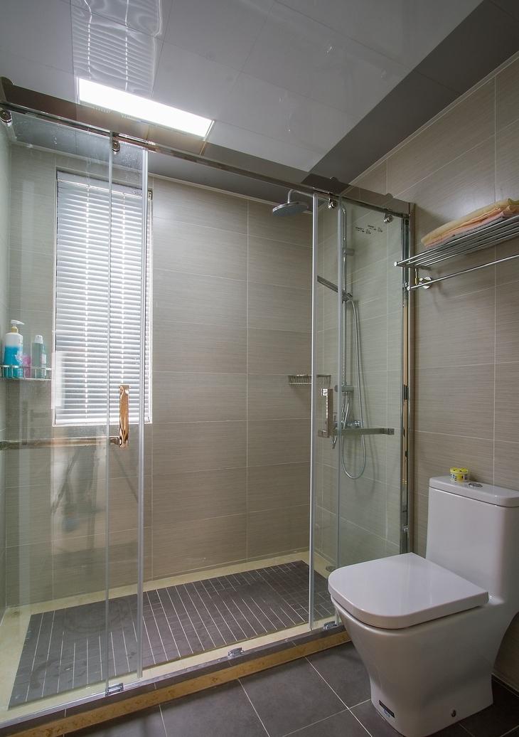 简约 三居 卫生间图片来自言白设计在和式风格的分享