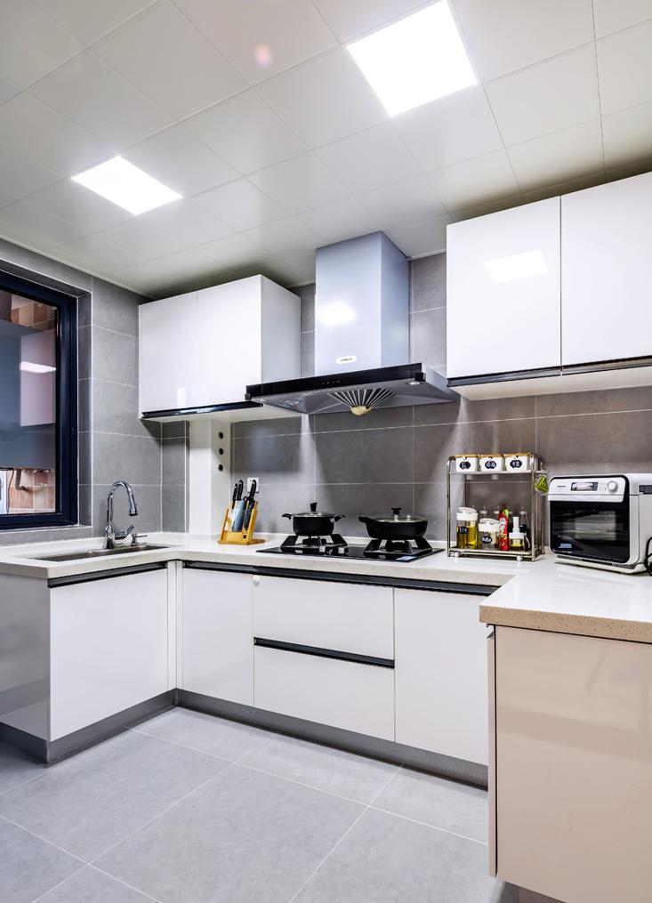 三居 厨房图片来自言白设计在拿铁不加糖的分享