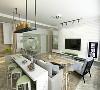 卧室延续客厅的色彩和材质风格,以灰色,果绿和原木为主,清新而不失特点。