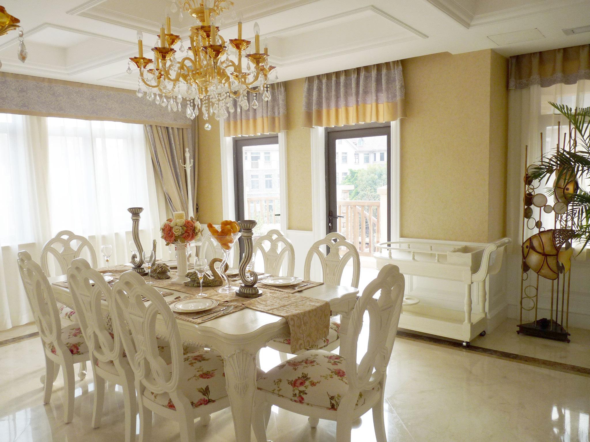 别墅装修 欧式风格 完工实景 圣特丽墅 餐厅图片来自孔继民在圣特丽墅别墅装修完工实景展示的分享