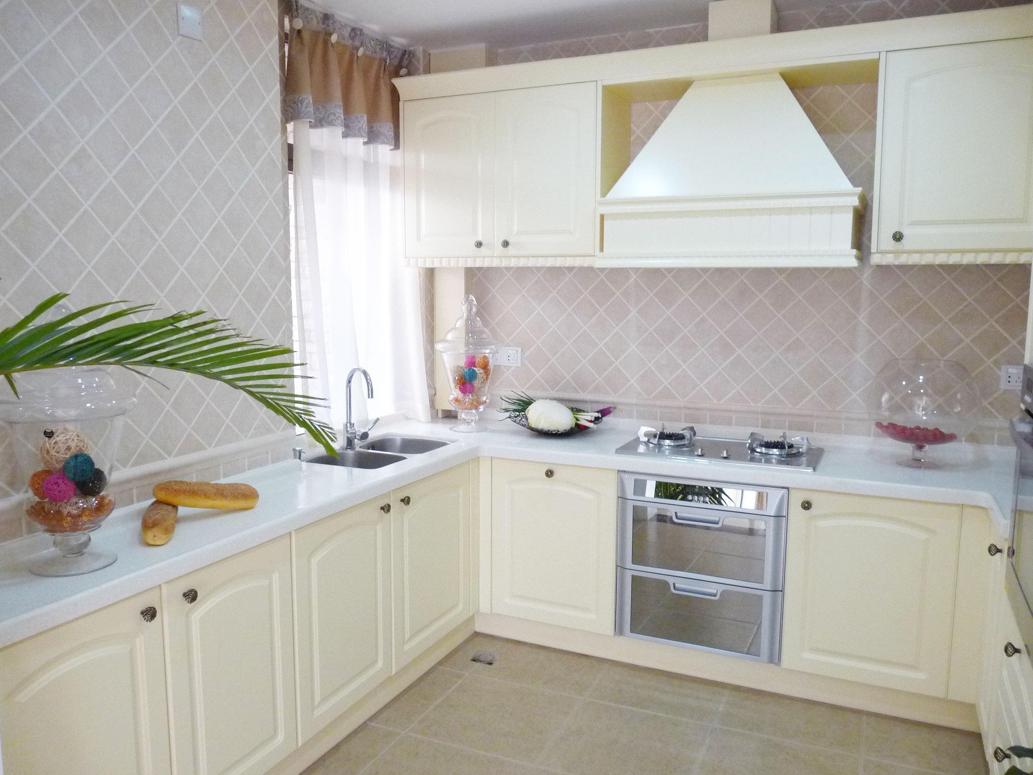 别墅装修 欧式风格 完工实景 圣特丽墅 厨房图片来自孔继民在圣特丽墅别墅装修完工实景展示的分享